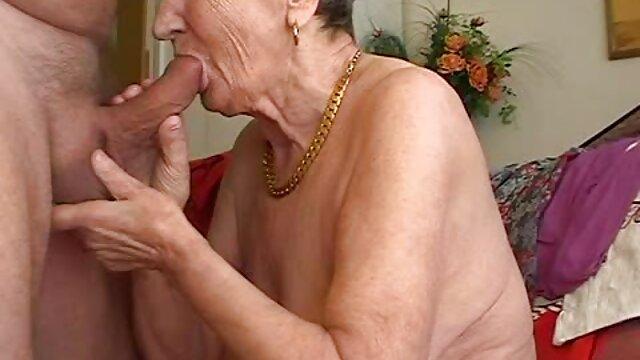 Megan madura follada por su hijo coxx