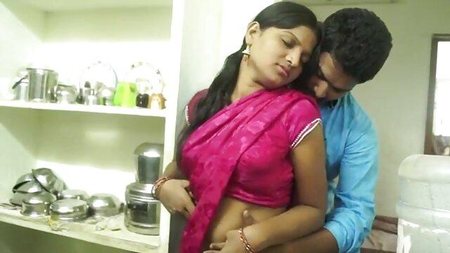 Una enfermera individual en una clínica privada recuperó el conocimiento haciendo una mamada dura videos xxx de maduras con hijos con un mordisco en un pinchazo arrugado